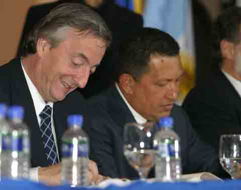 Chavez and Nestor Kirchner